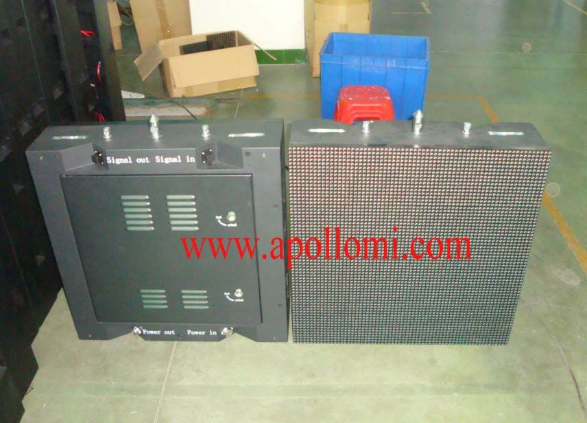 32pcs P10 outdoor rental led screen cabinets exported to Australia